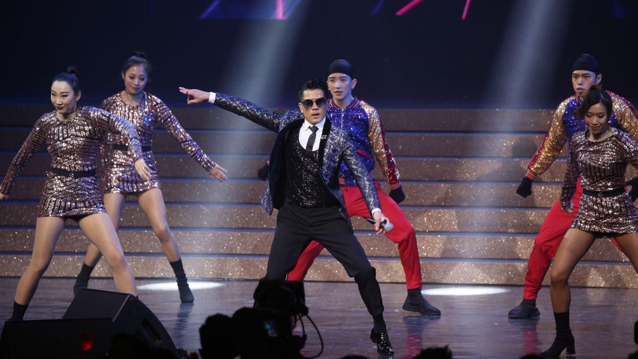 郭富城於《十大中文金曲頒獎禮》連跳連唱8分鐘(資料圖片)