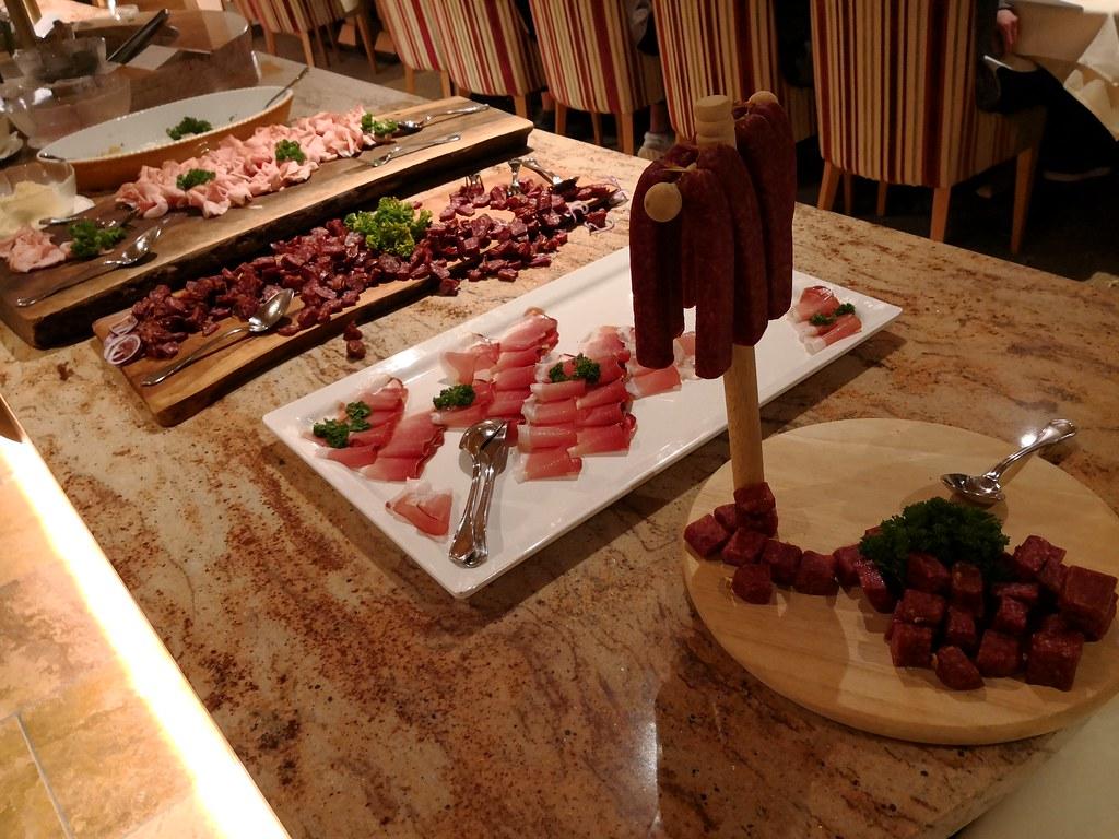 Tyrol farmer's buffet