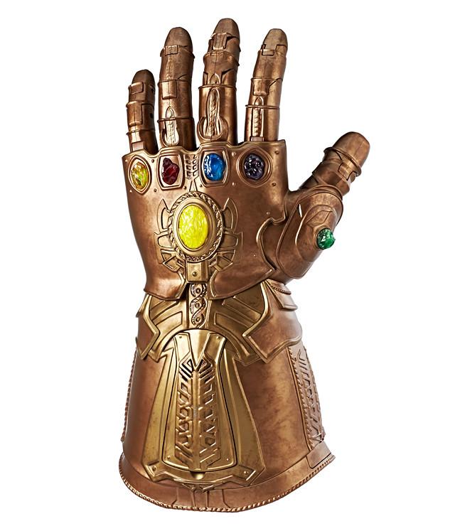 就算畏懼、逃避,命運依舊會降臨! 【霸氣限量發行】Marvel Legends 《復仇者聯盟:無限之戰》收藏型無限手套