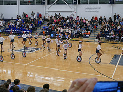 Small unicycles weave thru