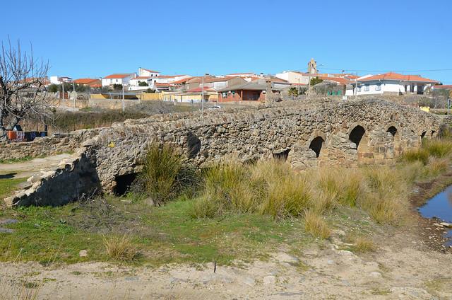 Roman Bridge along the Vía de la Plata (26 Roman miles from Emerita Augusta) over the Rio Ayuela at Casas de Don Antonio, Extremadura, Spain