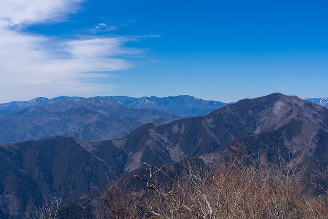 大菩薩連嶺、三頭山、御前山@大岳山