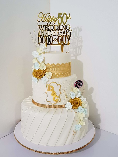 Golden Wedding Anniversary Cake by Nhet Relator Isidro of Maria J's