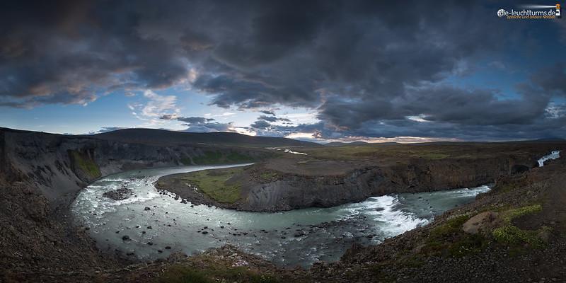 The horsehoe bend of river Skjálfandafljót