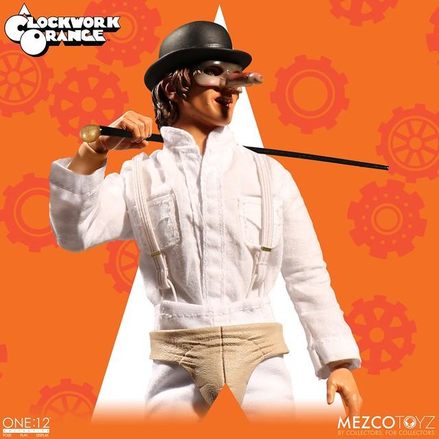 附上被揍的頭雕實在太讚啦~ MEZCO ONE:12 COLLECTIVE 系列《發條橘子》艾力克斯 A Clockwork Orange Alex DeLarge