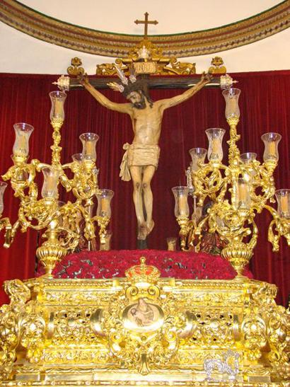 Pontificia, Real y Antigua Hermandad de San Benito Abad y Cofradía de Nazarenos del Santísimo de la Veracruz y María Santísima de la Sangre.