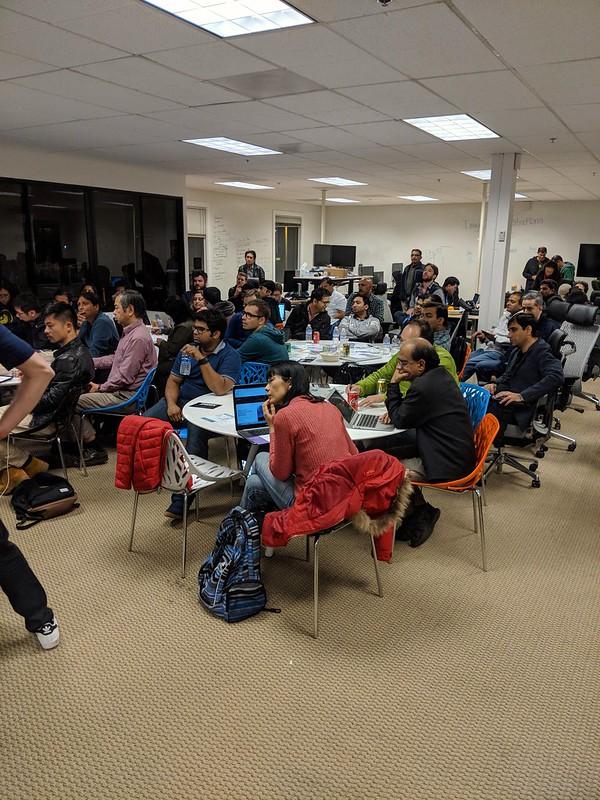Mitt Blockchain-Meetup i Sunnyvale. Full rulle och en mycket frågvis publik.