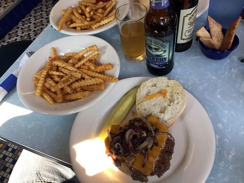 Delta Diner burger