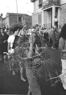 """Palmi (RC), 1973, La Processione degli """"spinati"""" in onore di San Rocco."""