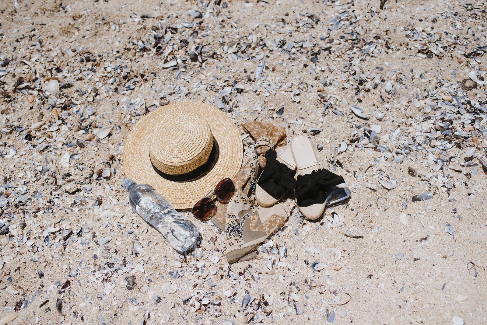 Cape Town Beach Necessities on juliettelaura.blogspot.com