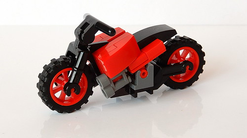 How to Build a Lego Motorbike (MOC - 4K)