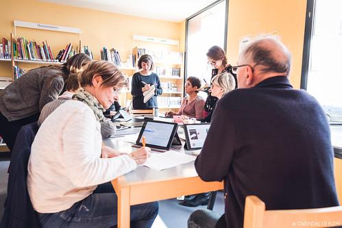 """Cycle d'ateliers numériques """"Pixels"""" pour les séniors"""