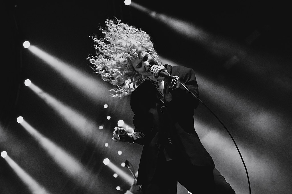 Gig Junkies Blog Archive Paramore At The Genting Arena