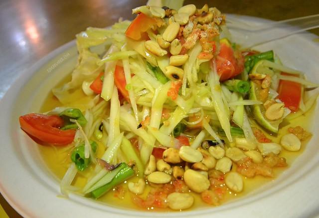 bangkok itinerary papaya salad what to eat
