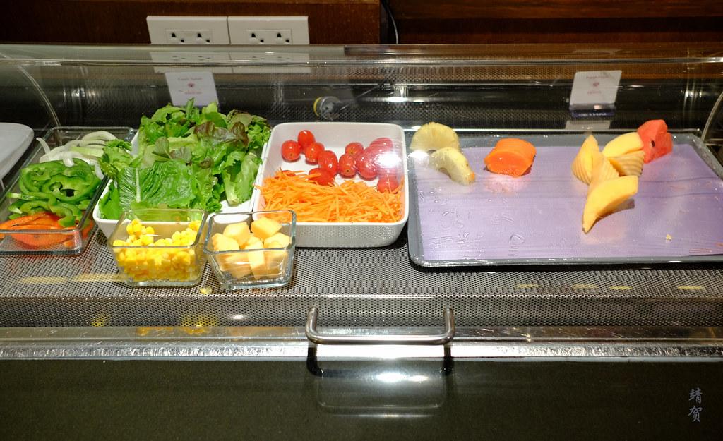 Salad bar and fruits