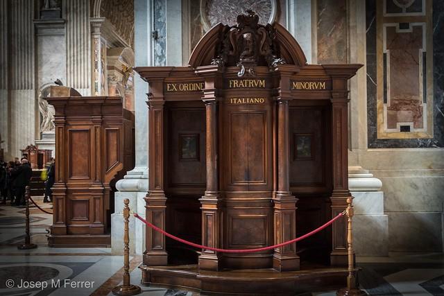 Confesionario. Confessional
