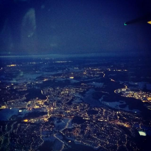 Nattligt Stockholm från luften