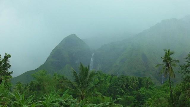 Mt. Napulak waterall