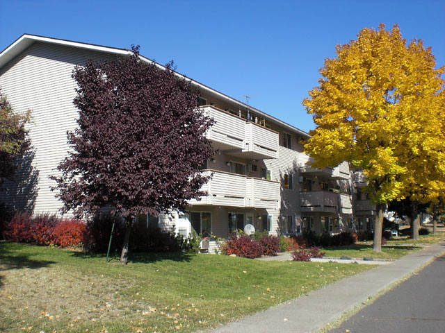 Cheney Center 1-BR Apartments