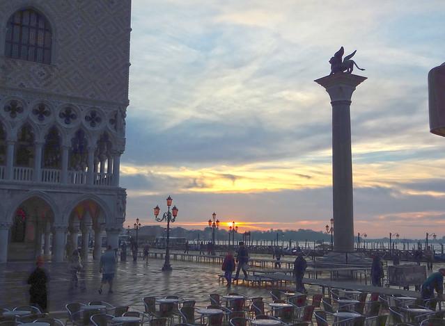 Venice, Sony DSC-WX100