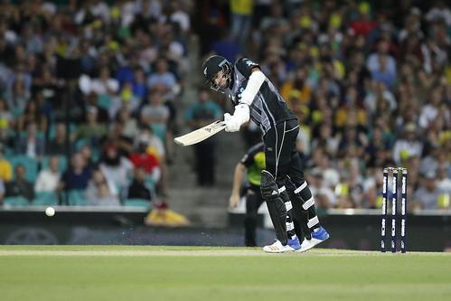2018.02.03.20.44.09-AUSvNZL T20 NZL innings, SCG