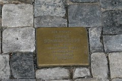 Praha. Stolpersteine. Oskar Schwarzkopf. Камень п