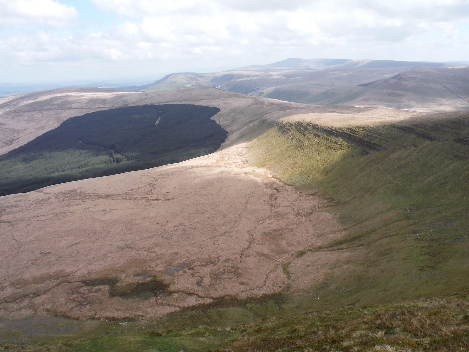 Bowl below Fan Gyhirych, with views to Pen y Fan etc. SWC Walk 307 - Fforest Fawr Traverse (Craig y Nos to Llwyn-y-celyn)
