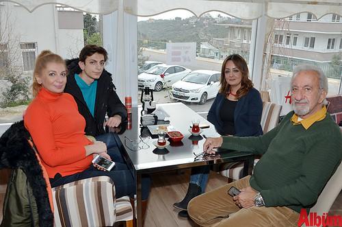 Banu Temiz, Batuhan Bahadır, Nane Limon Kafe işletme müdürü Güzin Özgül, Mustafa Temiz