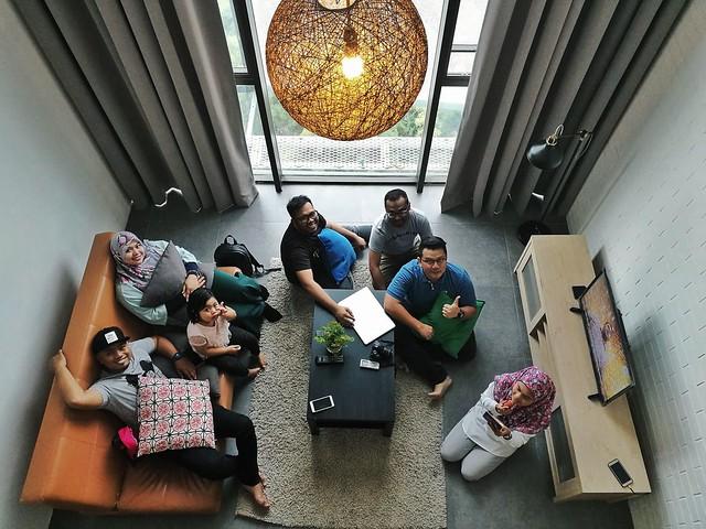 Elvara Guest House Empire Damansara