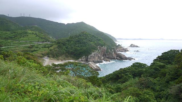 大宝寺から五島市中心部へ向かう国道384号からの景色 (2)