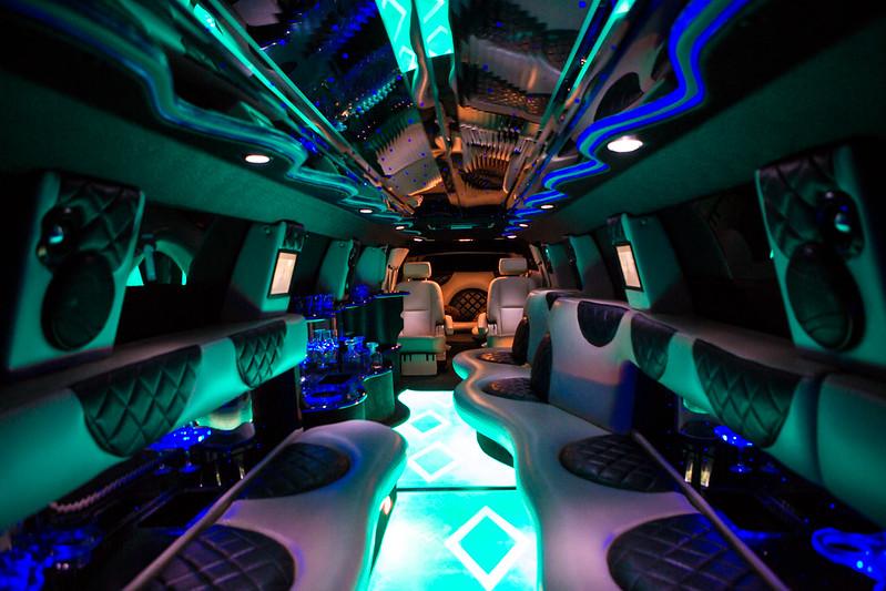 Аренда лимузинов от компании «PrestigeLimo» oт 40-50 euro