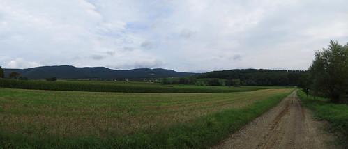 20140803 01 082 Jakobus Hügel Ortschaft Maisfeld Weg_P01