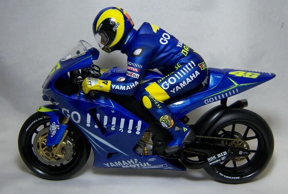 2004 Yamaha YZR M1 19
