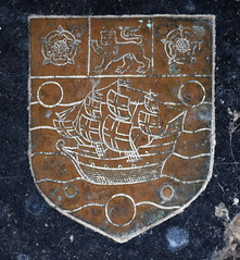 sailing ship with Tudor roses and lion (John Eldred, 1632)