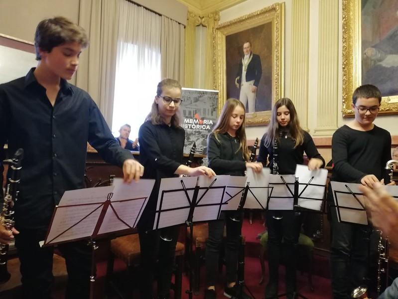 Clarinets amb les víctimes del Franquisme