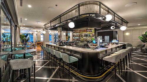 bar-caramba-hotel-regina-madrid