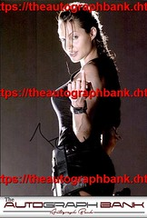 Angelina Jolie authentic signed memorabilia | http://ift.tt/2kYhiwh