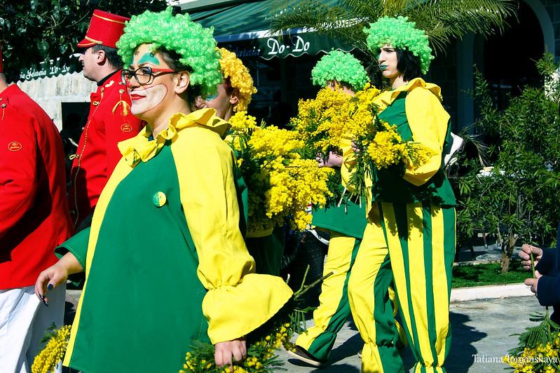 Клоуны на фестивале в Шквере