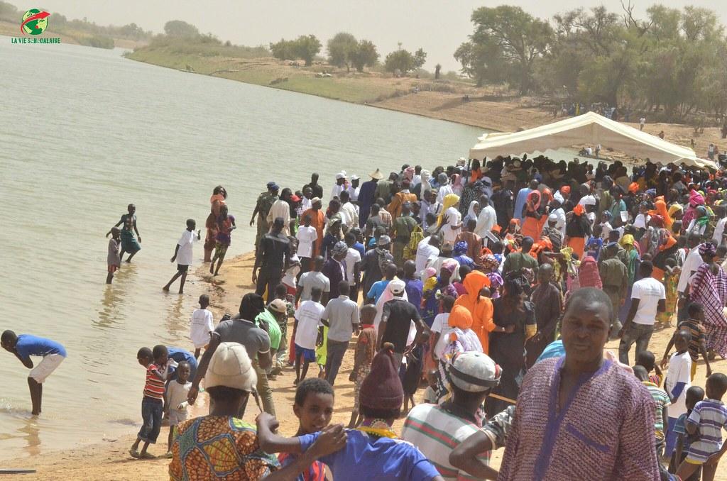 Inauguration d'infrastructures  de base à Mbakhna Par la Fondation SONATEL (108)