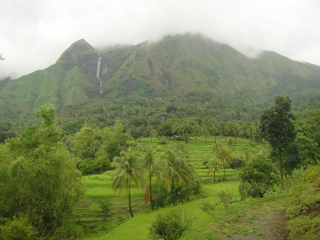 Napulak mountain range