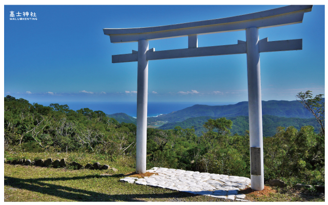 高士神社(白色鳥居)-8