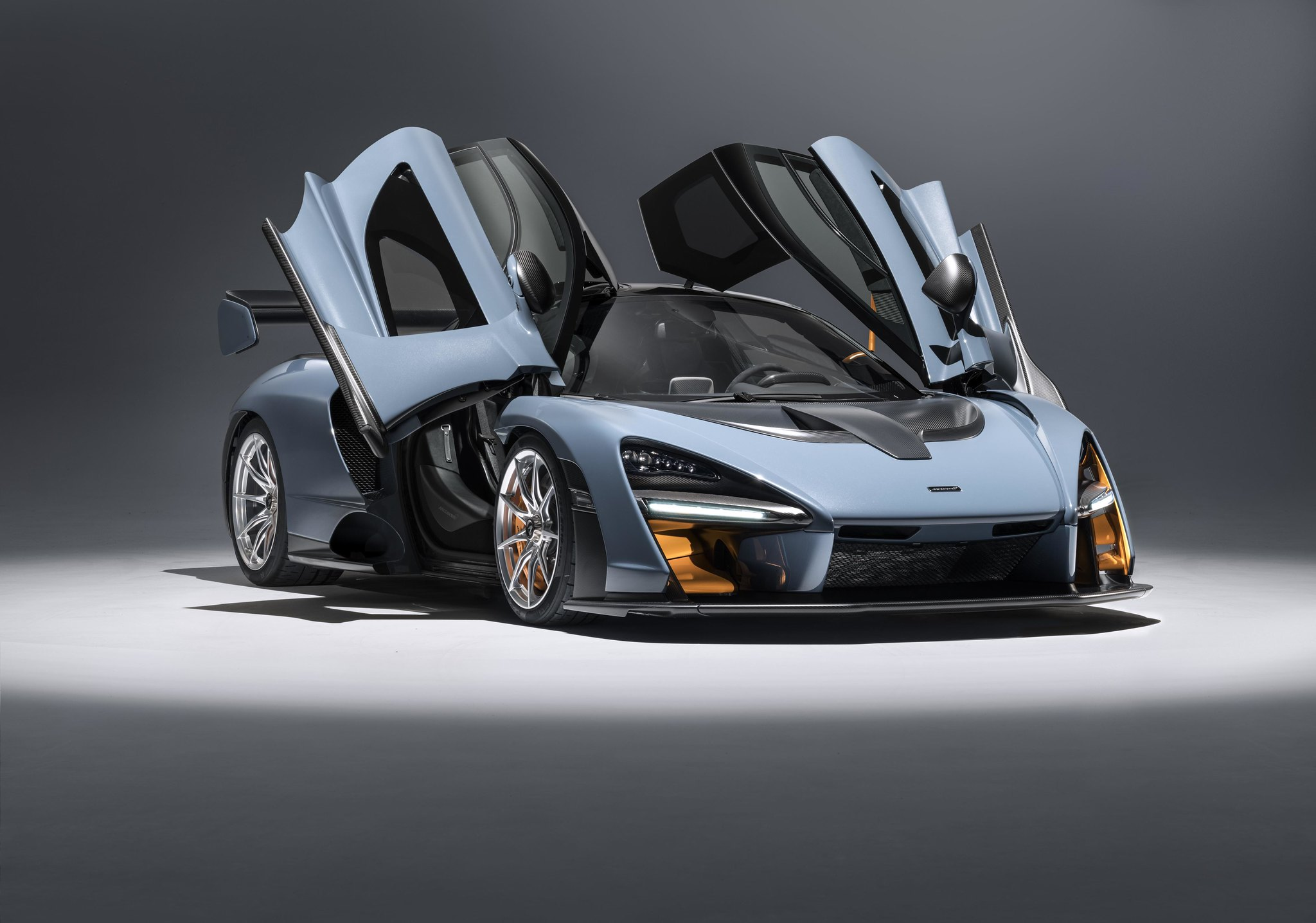 McLaren Senna: Zero to 62 in 2.8 seconds, 211-mph top speed