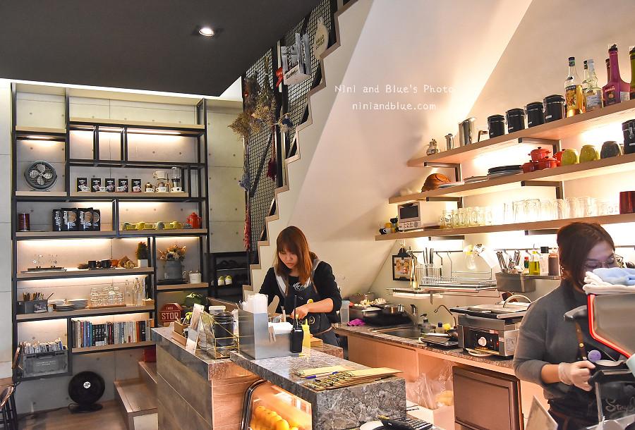 台中咖啡 stay in  cafe  逢甲02