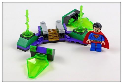 LEGO DC SuperHeroes 76096 Superman & Krypto Team-Up 12