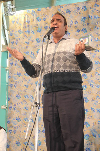 Devotional song by Vinay Chawla from Shalimar Bagh, Delhi