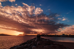 Couple in the sunset light - Photo of Toulon