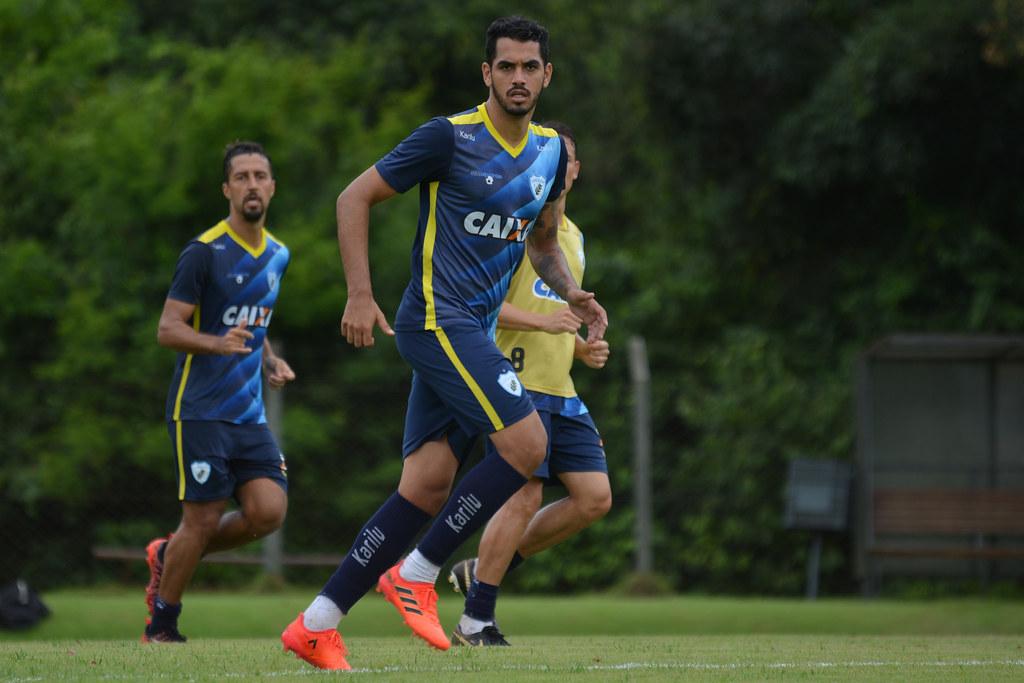 Luizao_Dirceu_Londrina_12-02-2018_Foto_GustavoOliveira02_