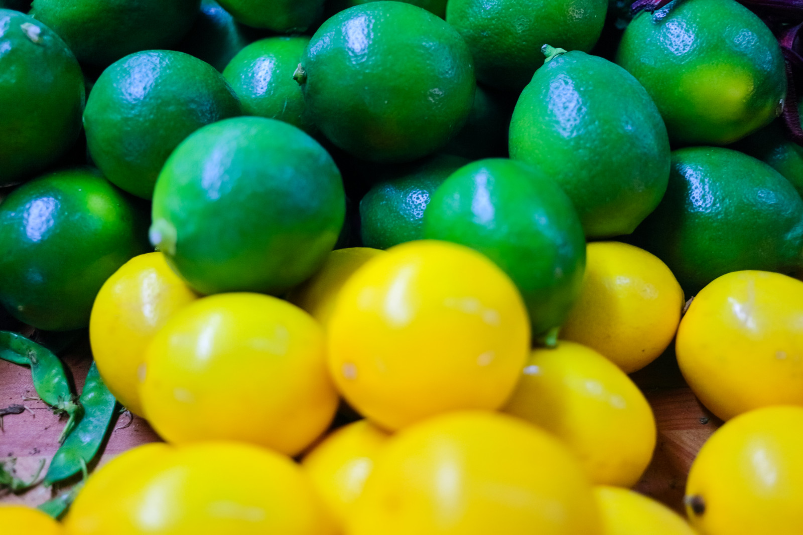 Green and Yellow Citrus