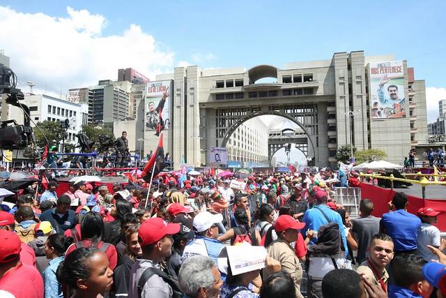 Venezuela: Maduro oficializa candidatura à presidência