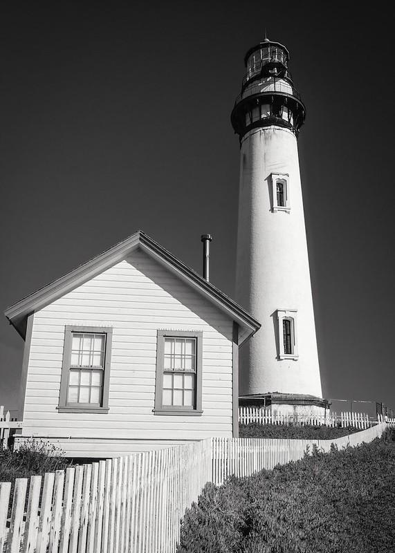 Lighthouse Silhouette 05 B&W